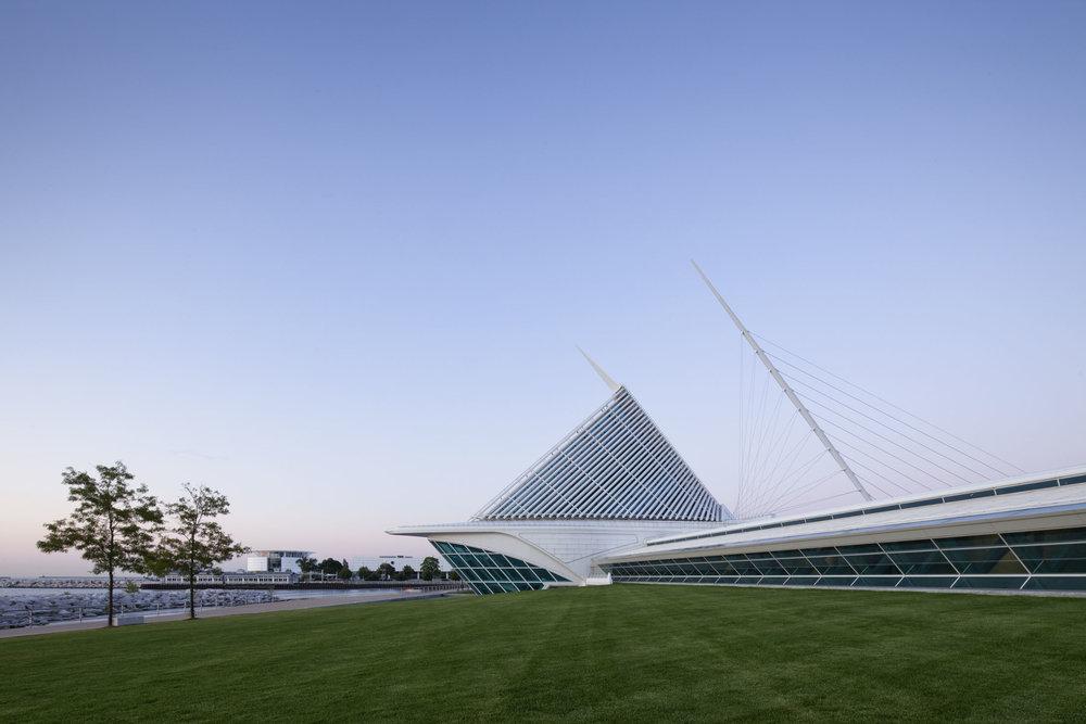 Quadracci Pavilion  Milwaukee Art Museum  Santiago Calatrava