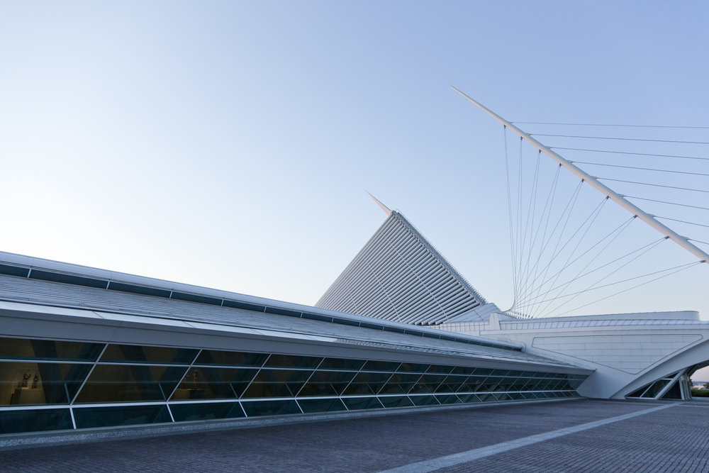 Quadracci Pavilion  Milwaukee Art Museum  Santiago Calatrava   Back to Portfolios