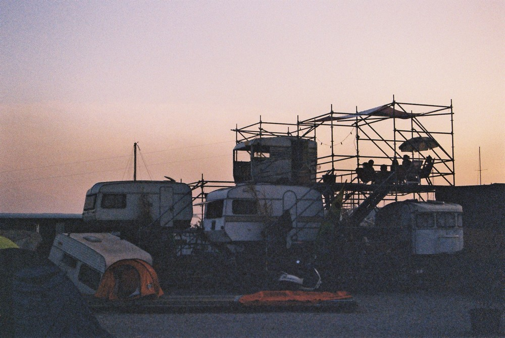 E1. Disused caravans made into su mmer camping homes, L�Estaque.JPG
