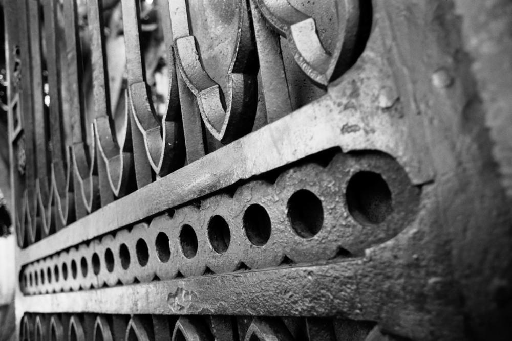 Heaven's gates | Asahi Pentax Spotmatic Chinon 28 mm 2.8 Ilford Delta 100 | Efrain Bojorquez