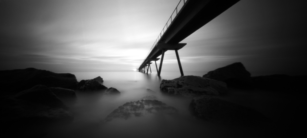 there are other worlds, but they are in this one 10 | pinhole | JesúsJoglar
