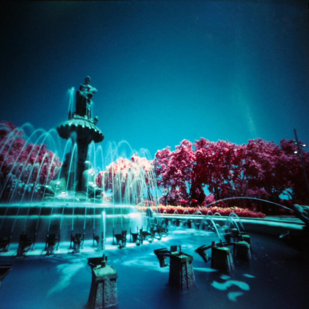 Fountain | pinhole | Jesús Joglar