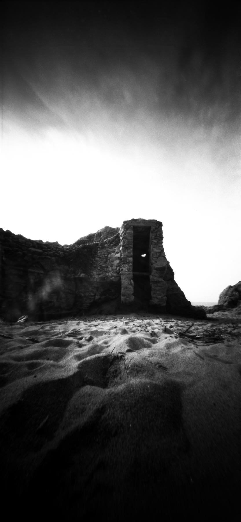 Present  | bunker  | 6x12 pinhole  | Jesús Joglar