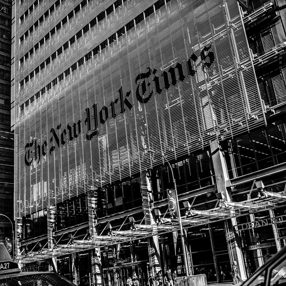 Present | NY Times  | Rolleicord V Schneider-Xenar 75mm  | Warren Ramirez