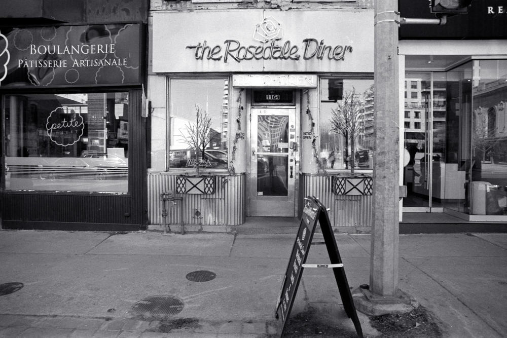 The Rosedale Diner - Olympus OM-2n - Zuiko 24mm f/2.8 - Ilford HP5 - HC110(B)