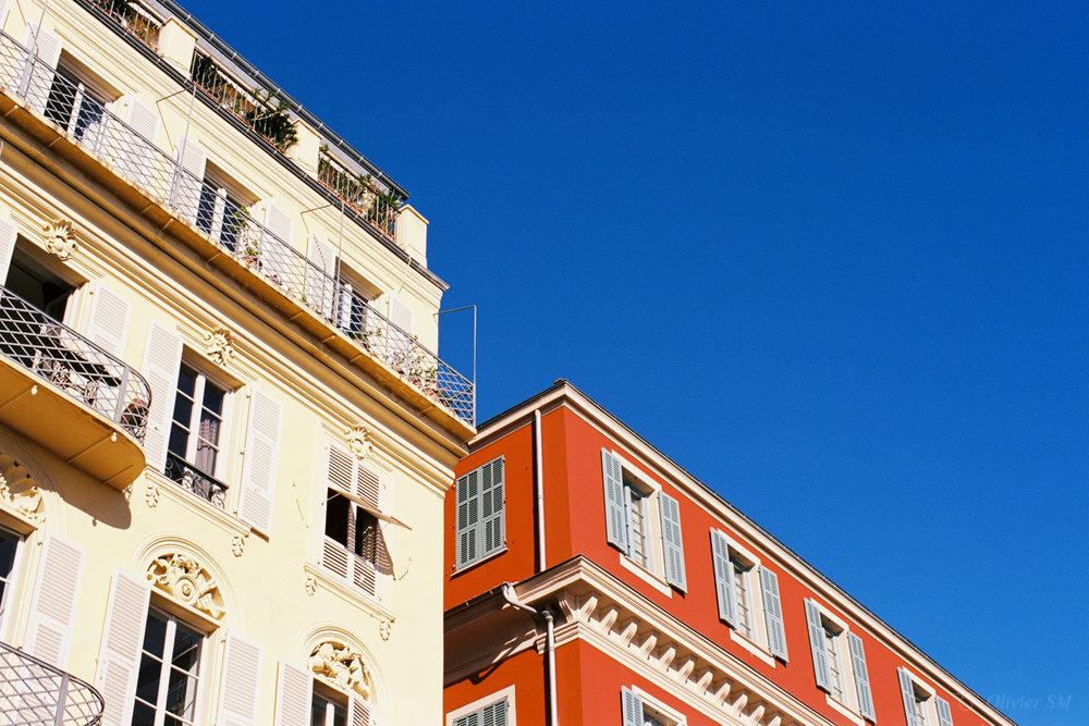 Red, White & Blue | Nice, France |Nikon FM3A | Nikkor 50mm f/1.2