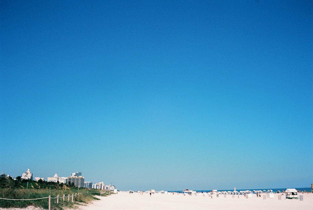 South Beach Miami | Voigtländer Bessa R3M | Nokton 35mm 1.4 SC | Kodak Ektar 100