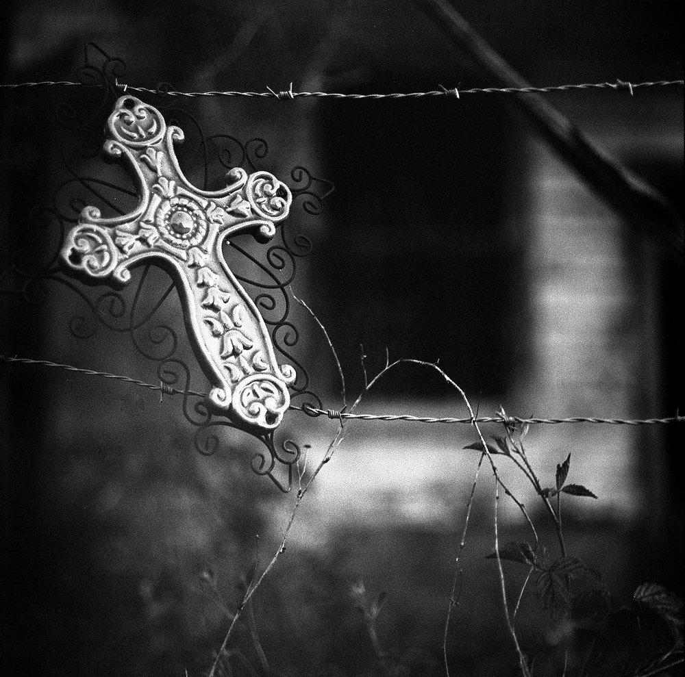 Michael Mooney | Cross To Bear | salyut-c | t-x@6400