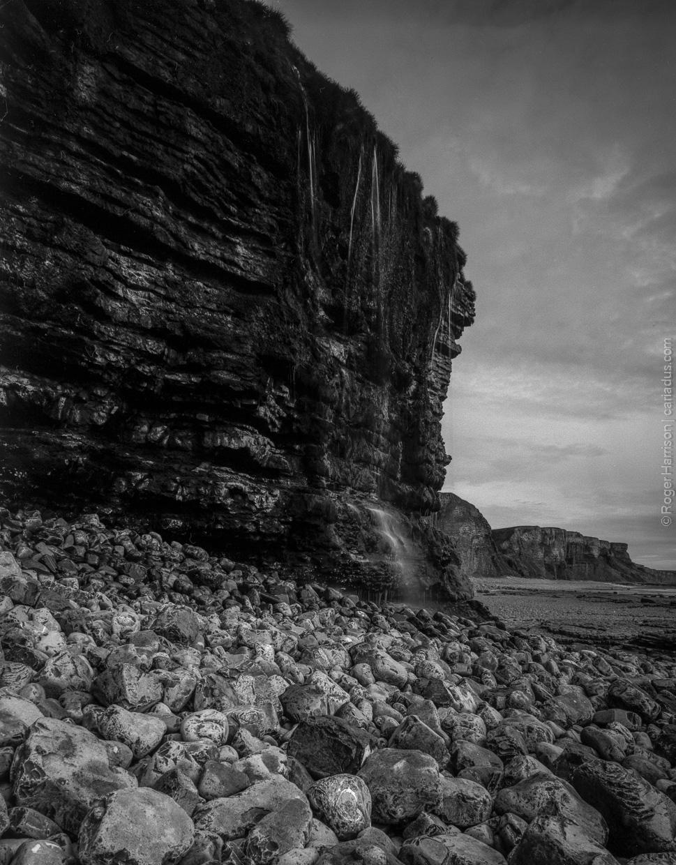 Cliff waterfall, Traeth Mawr