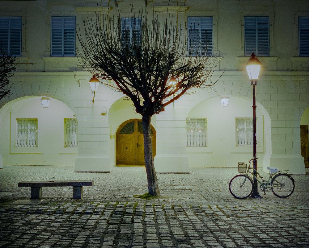 still of the night | mamiya rz67 proII 110mm f2.8 | cinestill 800T Alpha | kornelije sajler