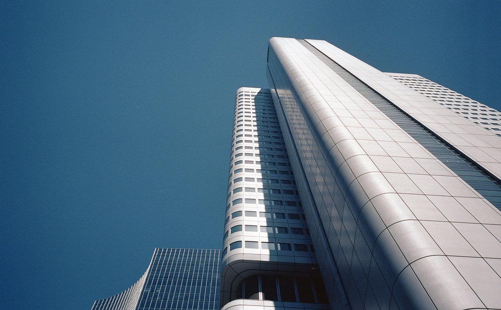 Silberturm | LeicaM6 | Zeiss 35mm f2.8 | Portra 160 | Robert Law