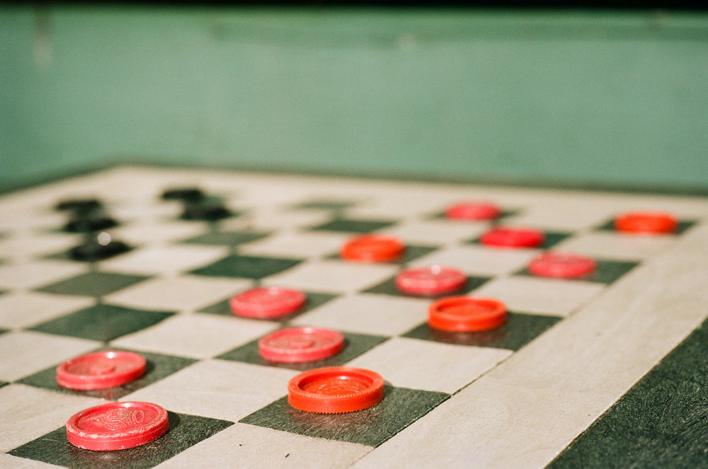 Dianne Sorrell | Waiting Game | Olympus OM4T | Kodak Portra