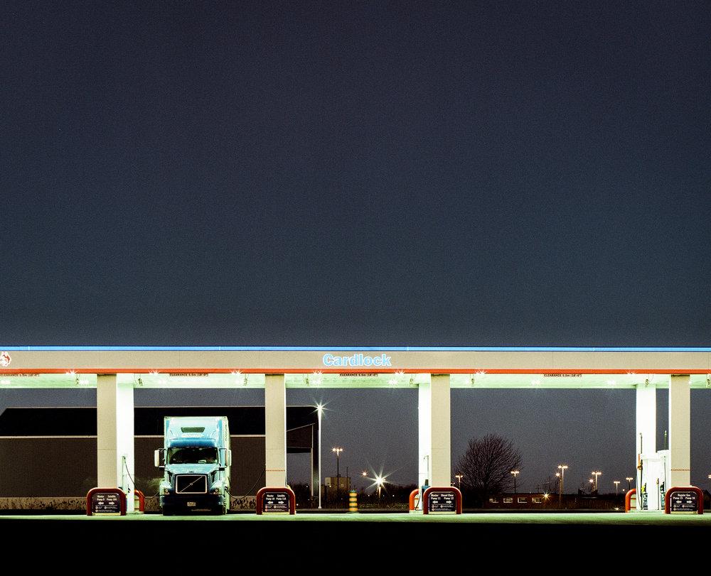 Fill Up | Pentax 645NII | Pentax FA 55-110 f5.6 | Kodak Vericolor 160 expired 2000 @ ISO 40 | James Thorpe