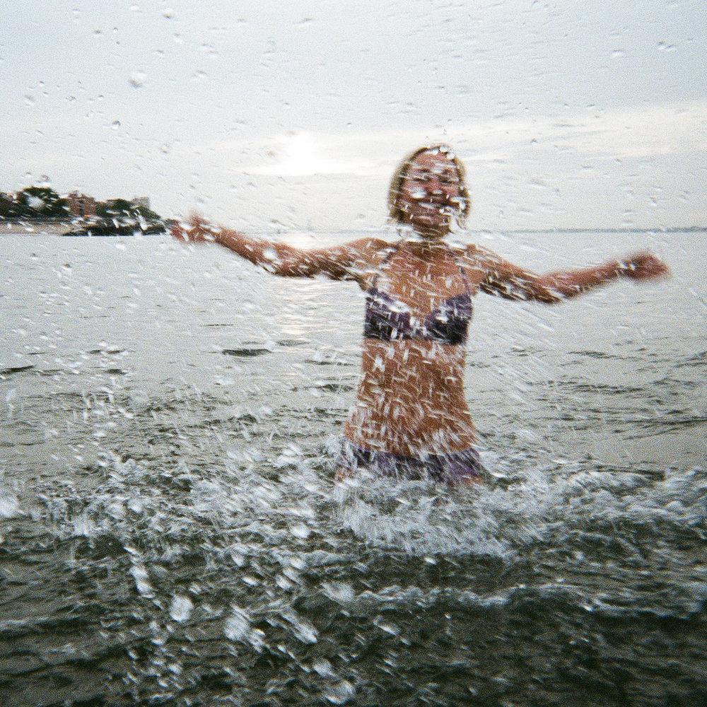 Manhattan Beach | FujiFilm Underwater Disposable | Fuji Film 800 Speed Film | Yana Azova