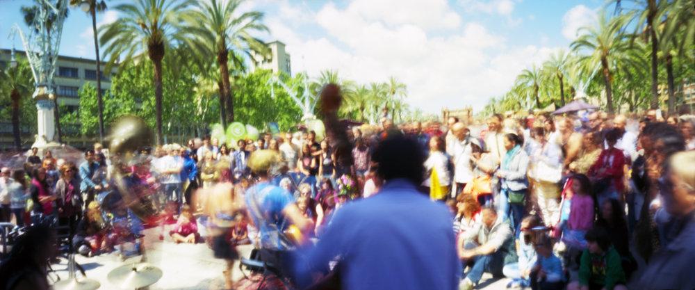 street music | 6x12 pinhole camera | Kodak Ektar 100 | Jesús Joglar
