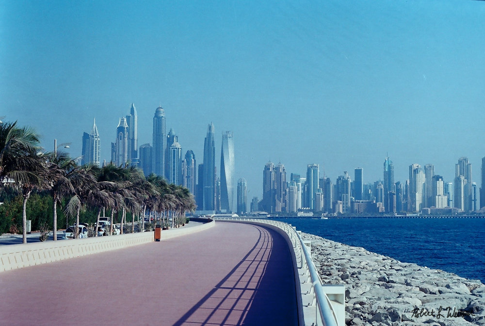 Dubai, United Arab Emirates | Zorki 4K & Kodak Ektar 100 | Robert Weitzner 2017