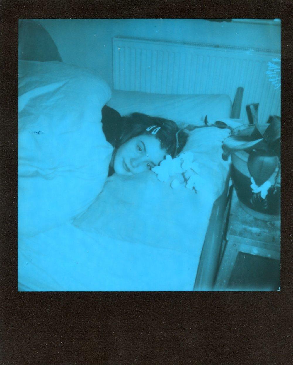 Portrait of Isabell | Polaroid 600 | Beige Brick