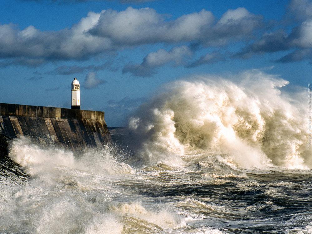 Storm wave at Porthcawl, South Wales, H1, HC 150mm, Provia 100F at 400