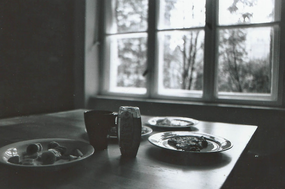 Lucy Pallett-Jones  |  Banana Pancakes | RicohKR-10