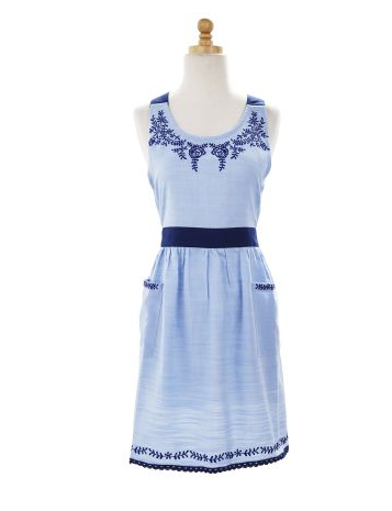 GOOD:  This apron from Sur La Table is a great choice without breaking the bank! At $19.99, get it before it's gone!
