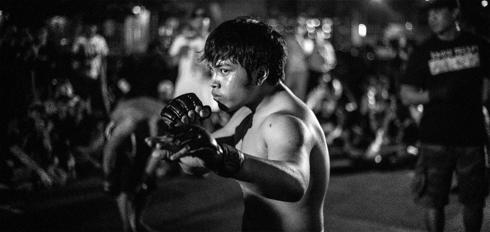 Thailand Street fight Young fighters gather under Highways and do Illegal street fight ,Only one rule : No Professional Fighter....