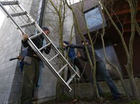 Seattle Times Interview in feature article about Seattle window cleaners.