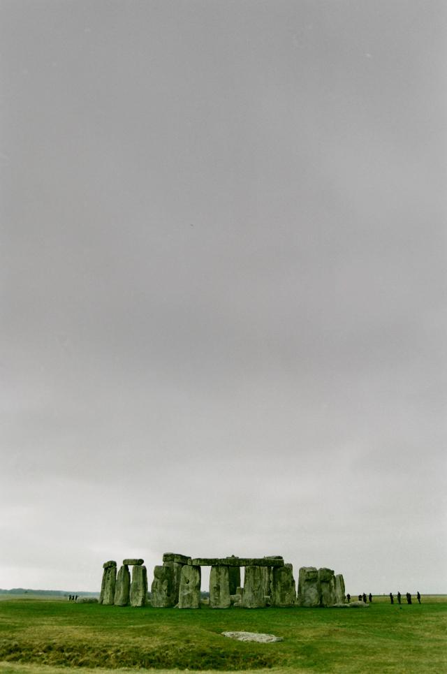 Stonehenge / Nikon N8008 / Kodak UltraMax 400