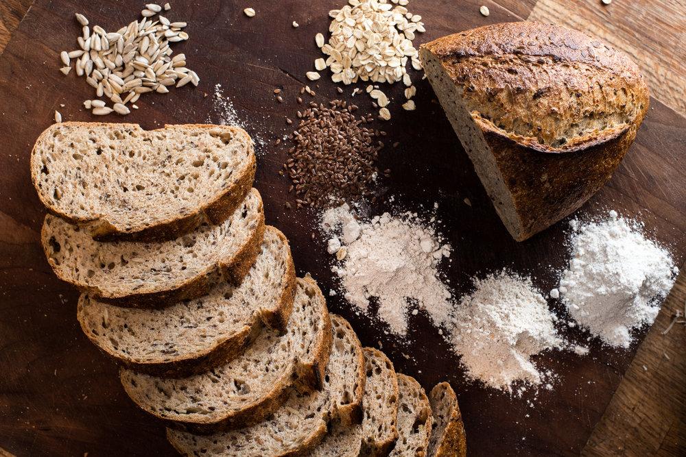 jeeheon-commercial-food-bread-001-2.jpg