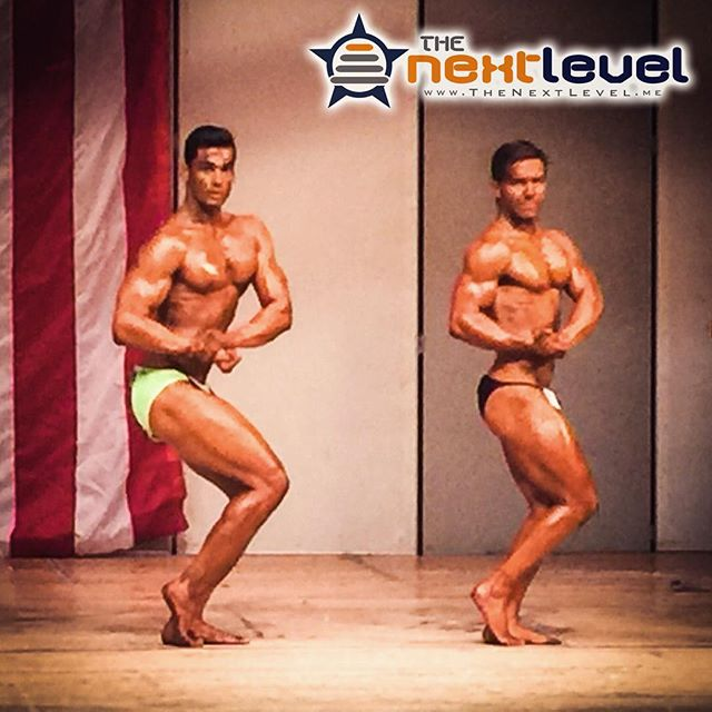 When teammates who are in two totally different weight/height classes still get a chance to pose side-by-side... While the photo isn't great, and the contest was mismanaged, the opportunity for @bhaduakshay and @parrish_kyle to get to compete together was a highlight for #ThePowerOfTeam.  #bodybuilder #bodybuilding #aesthetic #KnowYourReasons #FindTheWhy #TheoryOfJoy #aesthetic #physique #natty #OCB #sidechest #pecs #malemodel #naturalbodybuilding #LiftYourPassion #JoinYourTeam