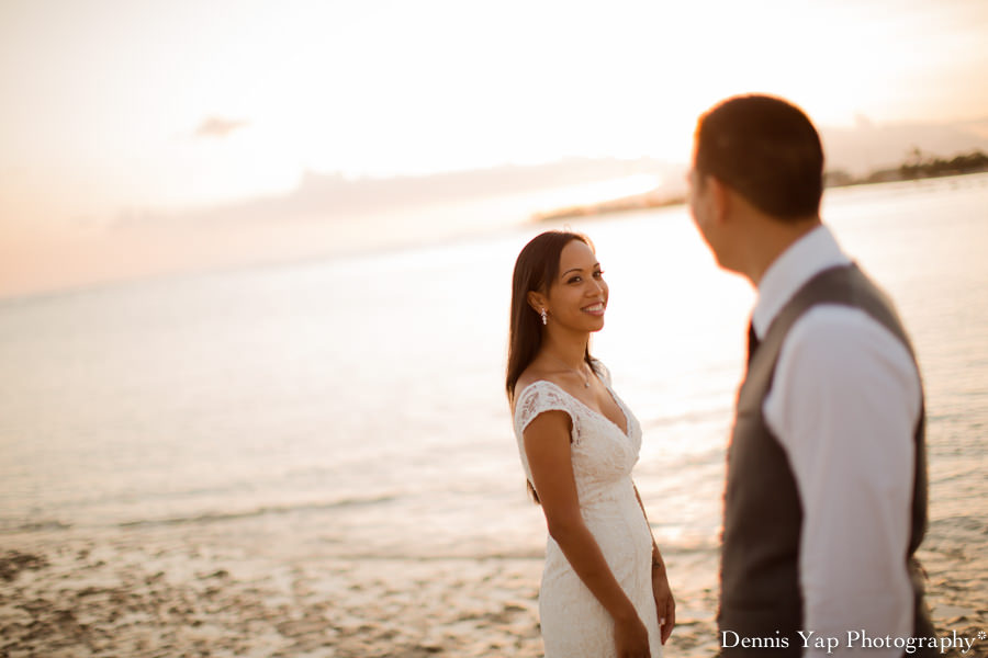 Shang Tiffany Engagement portrait United States Hawaii destination wedding dennis yap photography asia Top 30 overseas aloha Oahu island-2.jpg