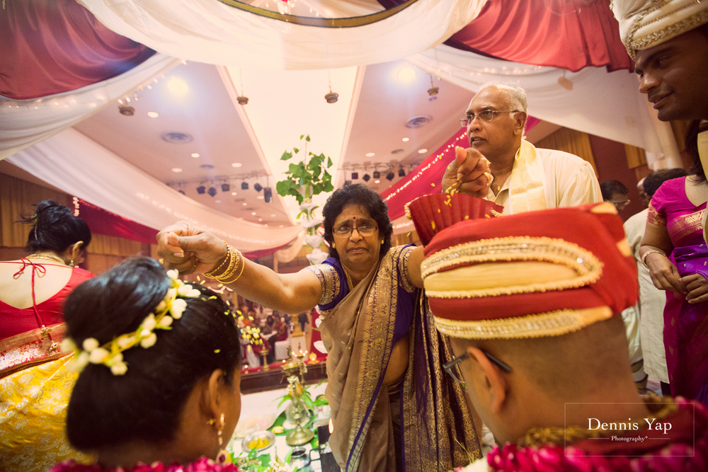 adrian shirin indian traditional blessing ceremony by dennis yap photography kuala lumpur-14.jpg