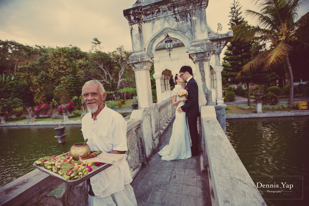 chin wuu rachel pre-wedding bali indonesia dennis yap photography malaysia top wedding photographer poses traditional singaporean chinese-9.jpg