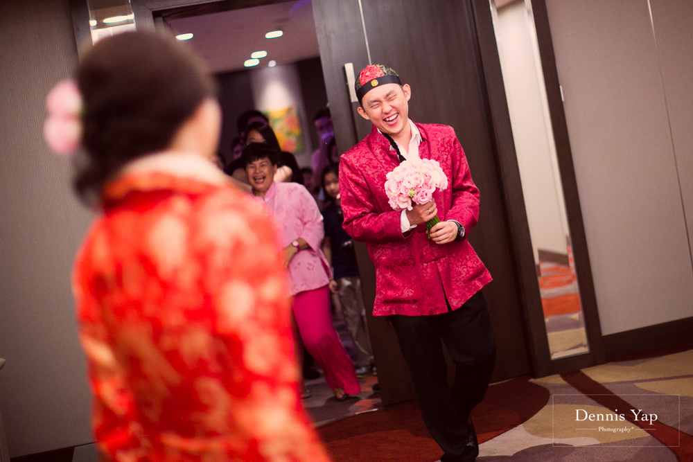 choon wae irina chinese traditional wedding recemony dennis yap photography tea ceremony red theme kua indonesian-3.jpg