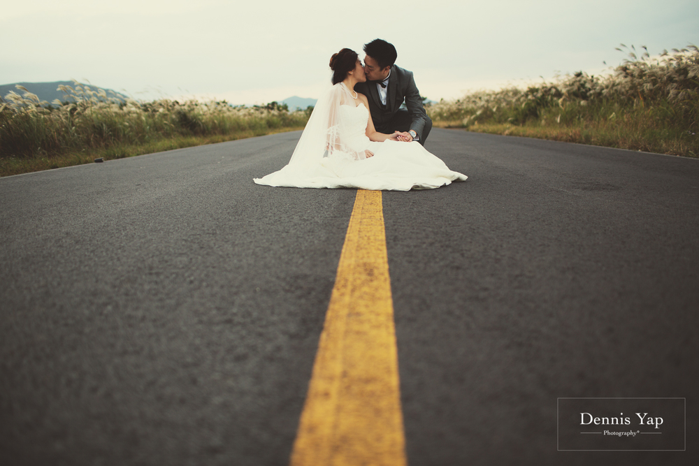keith suet may pre-wedding jeju do korea by dennis yap photography island dramatic-18.jpg