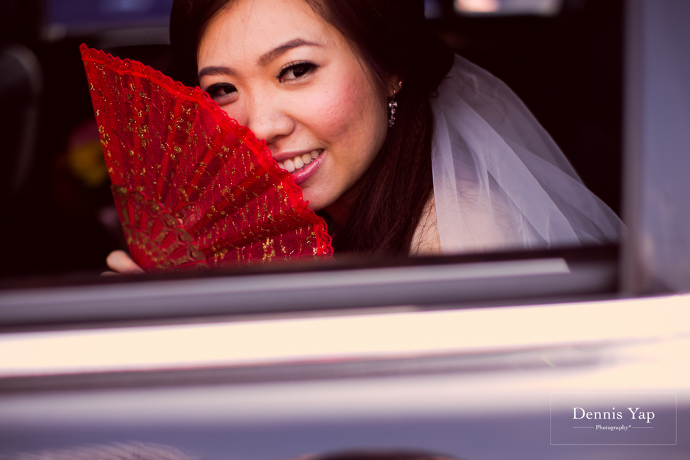 jake yu hwan melaka wedding gate crash by dennis yap photography elderly moments and emotions hugs-27.jpg