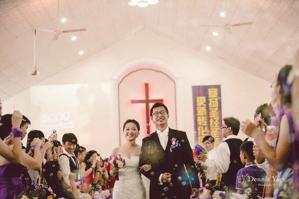 nathan betty wedding day miri malaysia dennis yap photography church wedding holy bible-21.jpg