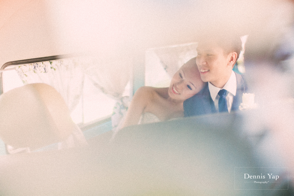 jonathan micaela wedding day church recemony in singapore at mary of the angels by dennis yap photography-7.jpg