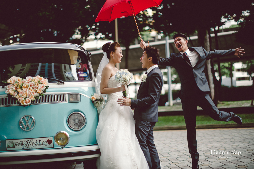 jonathan micaela wedding day church recemony in singapore at mary of the angels by dennis yap photography-8.jpg