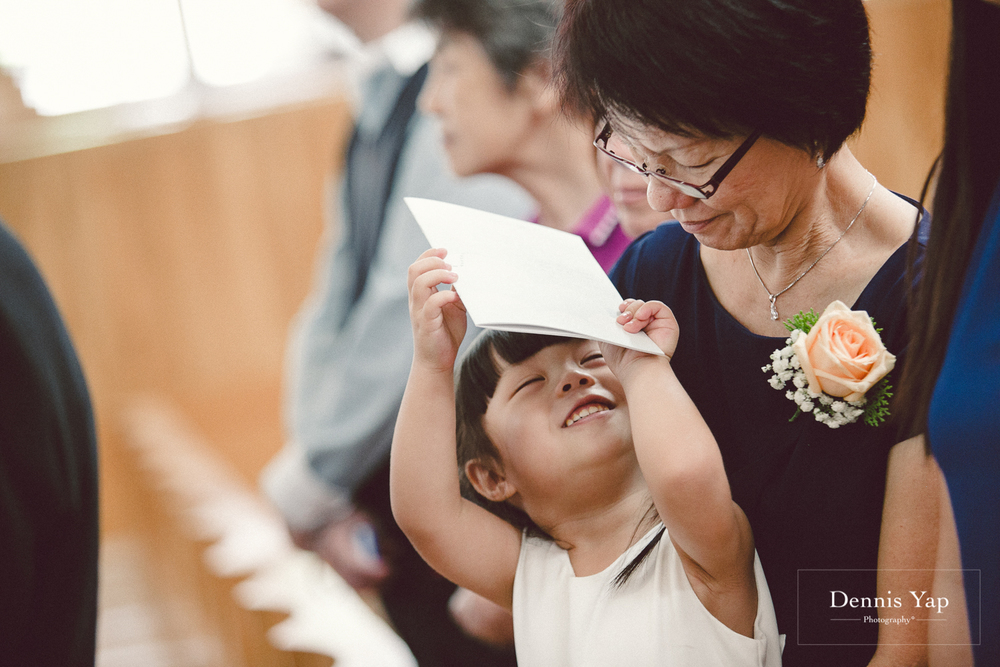jonathan micaela wedding day church recemony in singapore at mary of the angels by dennis yap photography-21.jpg