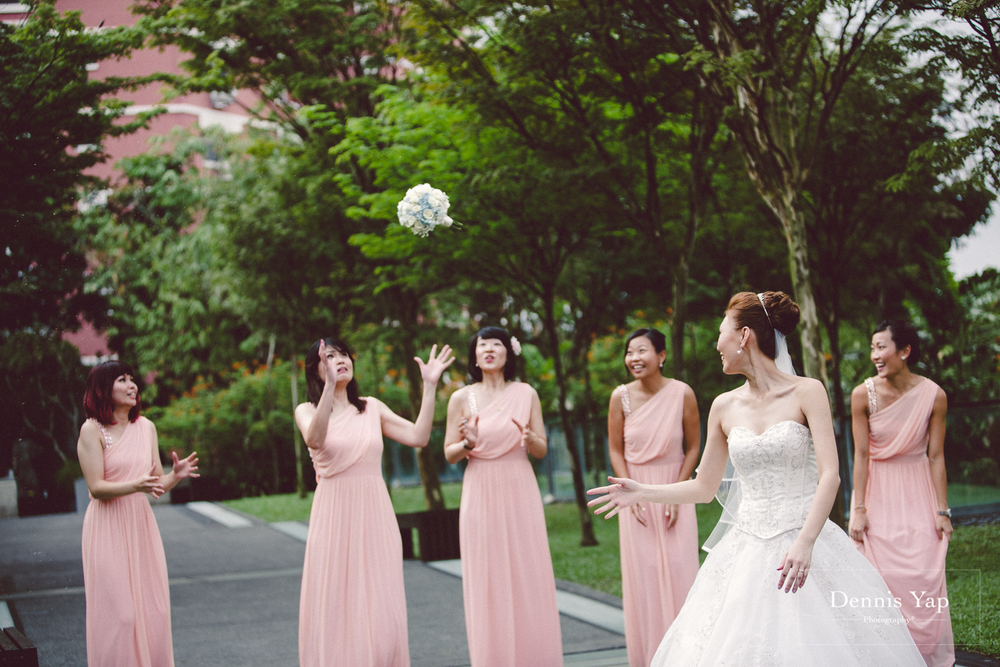 jonathan micaela wedding day church recemony in singapore at mary of the angels by dennis yap photography-31.jpg