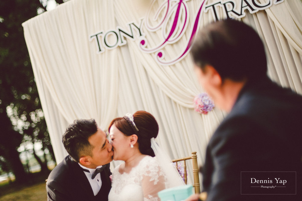 tony tracy Osteogenesis imperfecta sandakan sarawak wedding dennis yap photography-18.jpg