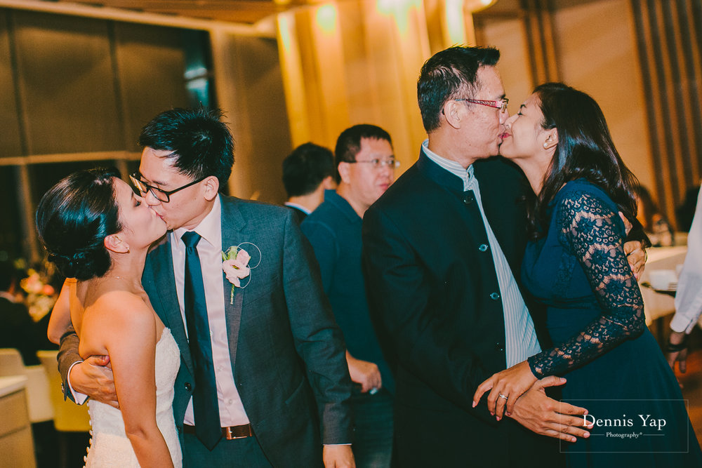 meng keat eunice wedding dinner sage the gardens dennis yap photography-25.jpg