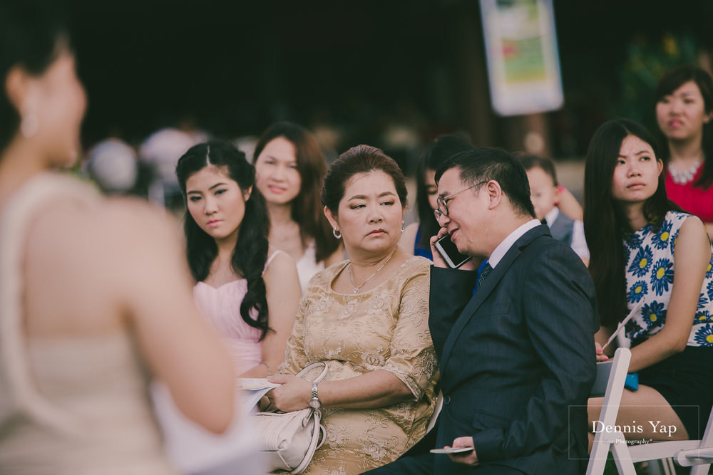 wei sheng vivian wedding day sungai petani dennis yap photography garden wedding gate crash-72.jpg
