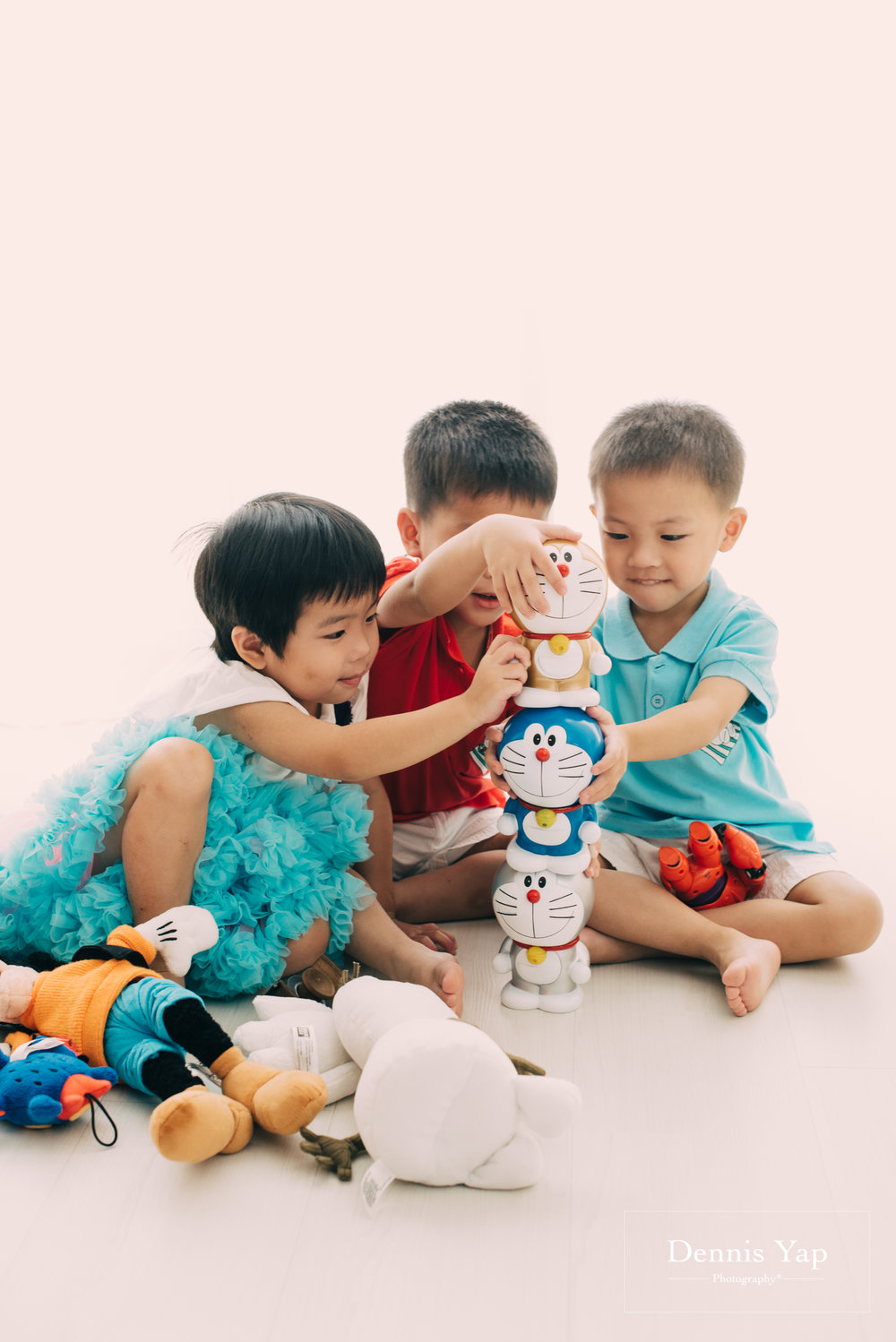 Choo Family portrait dennis yap photography white background-4.jpg