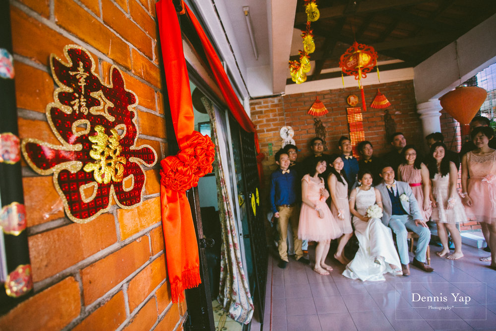 william gladys wedding day petaling jaya dennis yap photography sweet family brick sign board malaysia top photographer-24.jpg