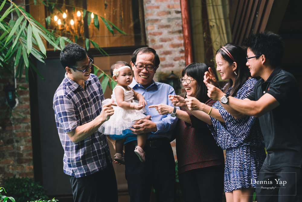 thong family chuen thong portrait beloved dennis yap photography-6.jpg