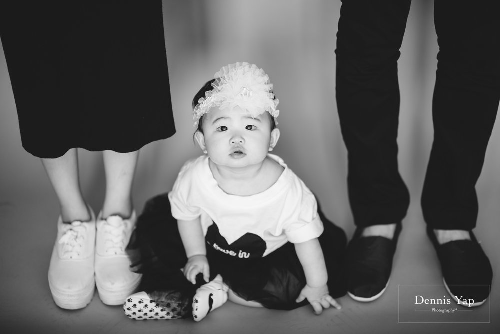 isaac evon family baby portrait funny style dennis yap photography-3.jpg