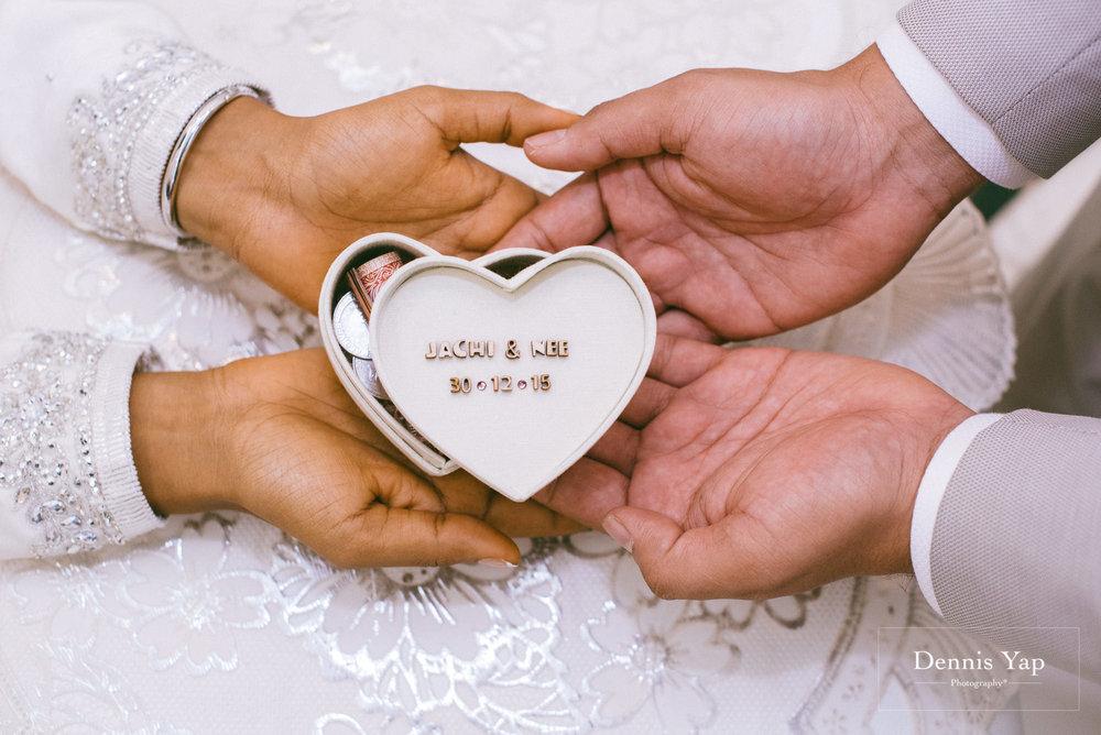 javed zenysha muslim wedding ceremony seri carcosa negara dennis yap photography maldives couple-6.jpg