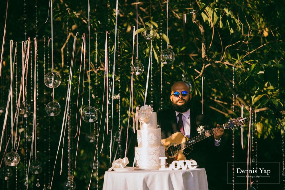 javed zenysha muslim wedding ceremony seri carcosa negara dennis yap photography maldives couple-24.jpg