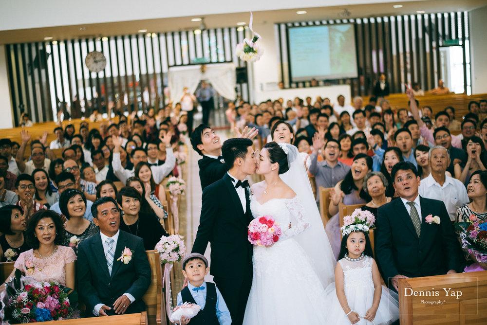 jonathan christabelle wedding church kota kinabalu dennis yap photography malaysia -20.jpg